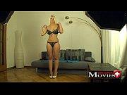 Порно видеоролики смотреть онлайн частное домашнее жены девушки женщины домашнее