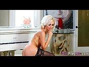 Онлайн возбужденная блондинка жарит парня в жопу фото 727-356
