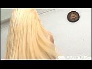 Симпатичные девушки блондинки в ночнушке
