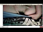брюнетка в белых трусках фото