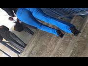 видео сосут соски сиськи