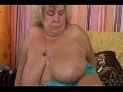 Лисбийское порно мать с подругами трахается с дочкой