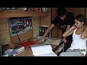Видеомлатшый сын пре маме смотрет порнуху фото 750-526