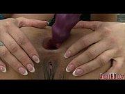 Девушка сосет у толстого мужика видео