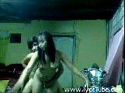 Порно девушка в белом белье получает оргазм