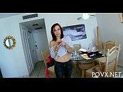 Смотреть онлайн порно видео инцест дочка застукала мать в ванной