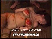 中年女をがっちりと緊縛して、蝋燭を垂らすという、SMではスタンダードな調教スタイル! 素人 【熟女】