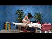 Пока девушка спит а парень трахается с другой видео