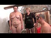 Порно видео потеря девственности в домашних условиях