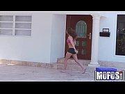 Секс с двумя зрелыми женщинами видео