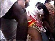 Секс видео девушки канчают врот мушчине
