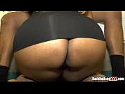 Видео женшина в прозрачни калготка