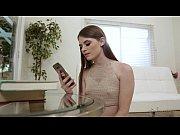 Смотреть порно ролик две лисбиянки сосут из груди молоко смотреть онлайн
