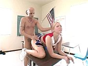 советское порно зрелая мамаша дочь и молодой сосед