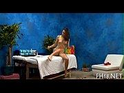 Порно индеанка мастурбирует адна дома скачять
