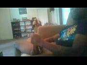 Девушку карлика имеют в попку видео