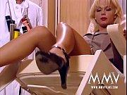 Сосать потные женские ноги видео