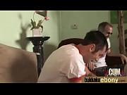 Папа трахнул спящую дочку при маме