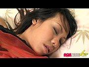 Порно видео подрочил спящему другу
