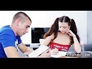 Видео 2 молодых девчонки с бритыми письками принудили парня заниматься с ними сексом ру смотреть онлайн