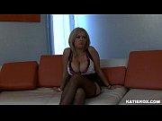 pussy wet her fingers kox Katie