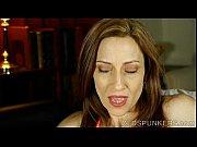 порно с целкой в сауне фото