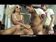 Мужчина ласкает женщину с маслом видео
