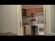 Фильм пацан поставил скрытую камеру дома и смотрел что творится дома