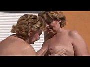 Порно залитые писи спермой