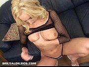 Смотреть порно мама с подругой на парня