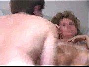Смотреть онлайн женщина дрочит хуй мужику