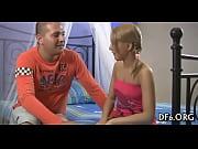 Русскую девушку ебут на кастинге пятеро испанцев