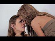 Женская сперма во время оргазма видео