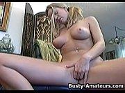 порно видео без палева трахнул даму пока она спала на диване