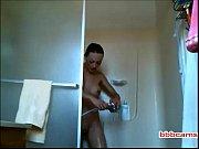 Секс волосатого мужичка в домашней обстановке скрытой камерой