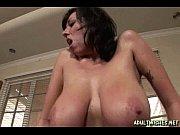порновидео жена смотрит как муж дрочит член