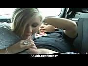 Смотреть мать мастурбырует на моющегося сына