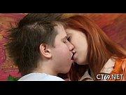 видео о сексе мамочка с подругой