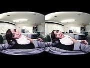 Молодая и красивая студентка трогает клитор видео