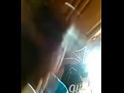 Анальный трах в жопу загорелой сексуальной брюнетки на кровати