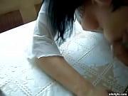 Девке делают клизму перед траханьем в жопу онлайн