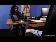 Порно видео сквирт в троем молодые