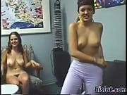 Трахает маму своего друга порно онлайн