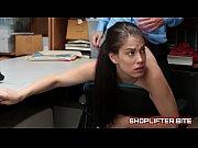 Видео сексуальная дама пристает к пацану