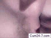 Моя девушка любит глотать сперму порно