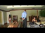 Уламывает мать на секс видео