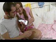 Смотреть порно жена ест сперму мужа с киски любовницы