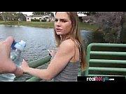 Смотреть порно большие сиськи девушка в красном купальнике