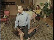 Смотреть кончили в жопу при муже он слизал