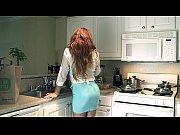 Видео как трахают девушку